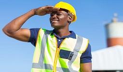 חשיבות ביטוח לעובדים זרים