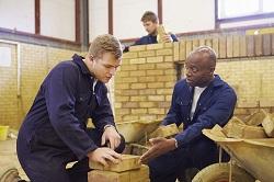 חוקים וזכויות של עובדים זרים